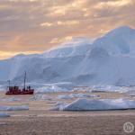 Bootsfahrt im Eisfjord